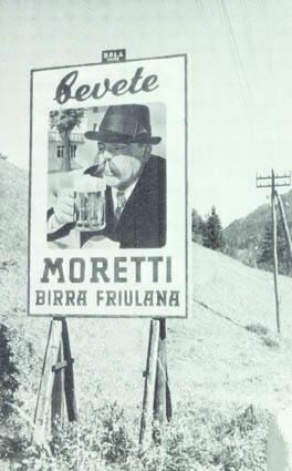 Il  cartellone della Moretti che intravvide la Groth all'ingresso di Tarvisio (ph. M. Tomaselli)