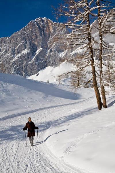 A passeggio tra i monti di Ramsau (ph. Ufficio Turismo Stiria)