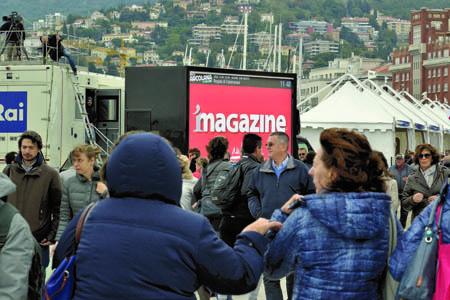 Uno dei maxischermi iMagazineVideoTruck che da ormai tre anni sono presenti all'interno dei principali eventi regionali