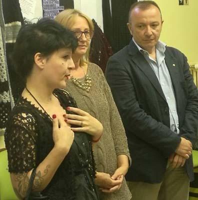 Valeria D'Alberto, prima a sinistra, durante l'inaugurazione della mostra (ph. L. Nonis)