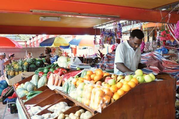 Tradizionale mercato locale (ph. C. Pizzin)