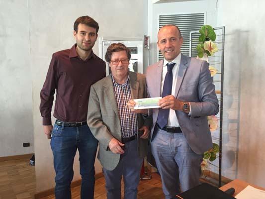 La donazione di 3 mila euro al Banco alimentare: da sinistra Casalini, Pecile e Praturlon