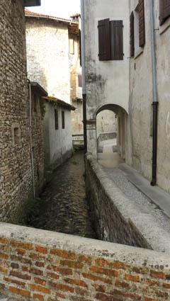 Il pittoresco centro storico di Valvasone