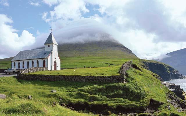 Isola di Vioy, la chiesa del villaggio di Viareii (ph. M. Tomaselli)