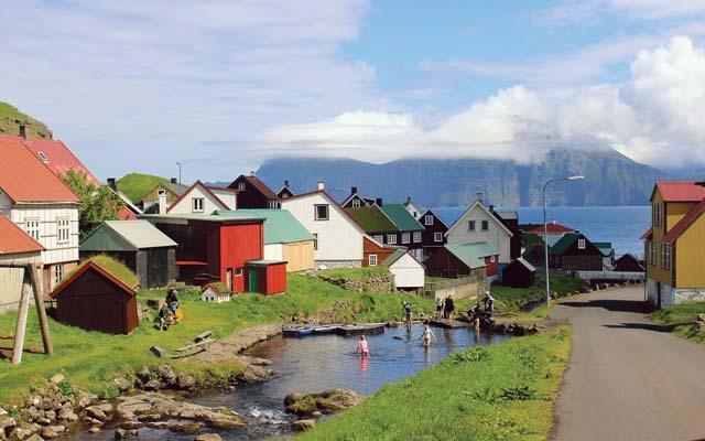 Il grazioso villaggio di Gjgv (ph. M. Tomaselli)