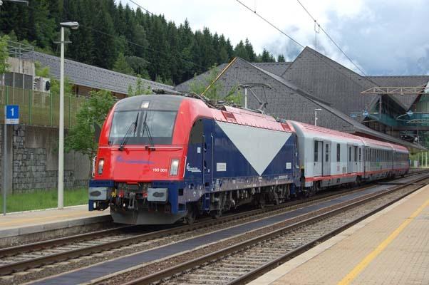 Il treno Mi.co.tra.