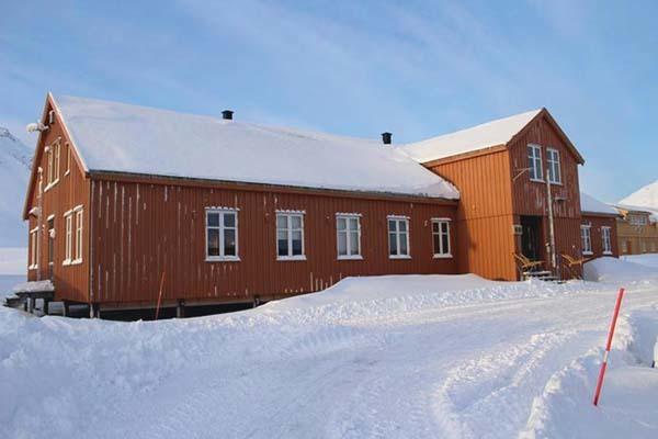 Ny Alesund, Base Artica Dirigibile Italia