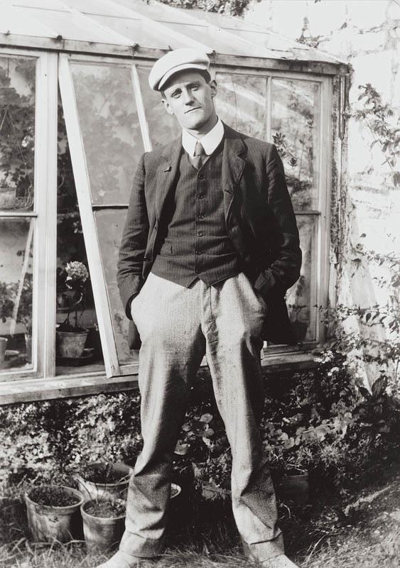 James Joyce all'età di 23 anni