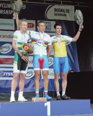 Tarlao sul gradino più alto del podio ai Mondiali 2011 in Danimarca