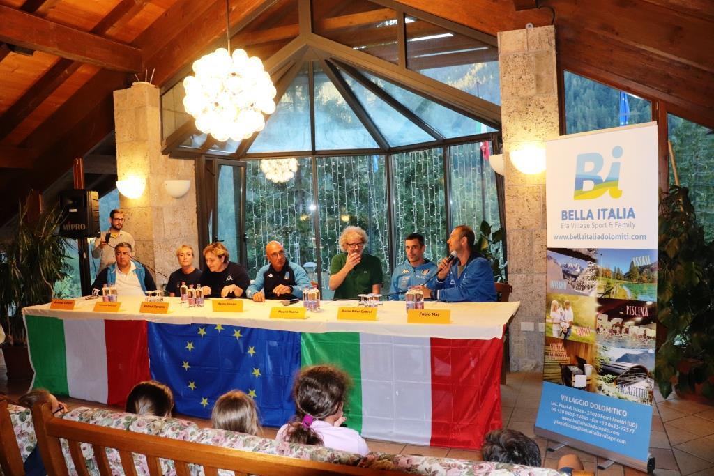 La conferenza con fiorettisti e sciatori