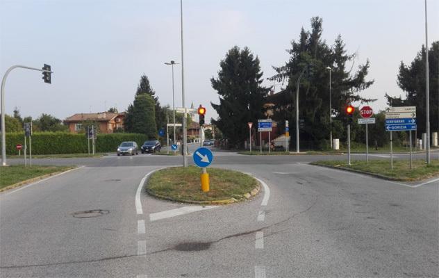 L'attuale semaforo (ph. Livio Nonis)