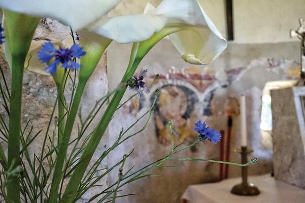 Affreschi all'interno della chiesetta di San Marco (ph. Vanessa Colosetti)