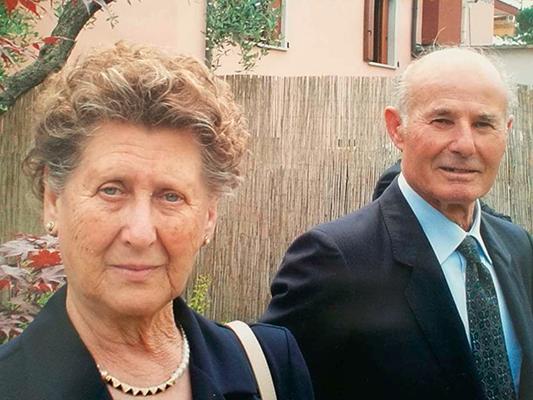 Pierinut e Mariucci fotografati 13 anni fa durante le nozze d'oro