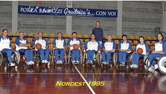 La squadra dell'esordio nel 1995