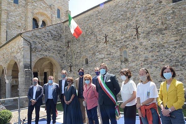 Foto di gruppo degli intervenuti (ph. ARC Montenero - Regione FVG)