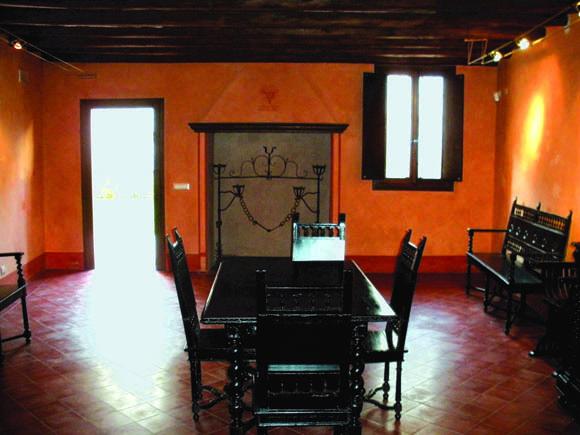 Centro Studi Pier Paolo Pasolini: la sala dedicata alle riunioni dell' 'Academiuta di lenga furlana', costruita dal padre Carlo alberto nel 1946, conserva ancora i mobili originali