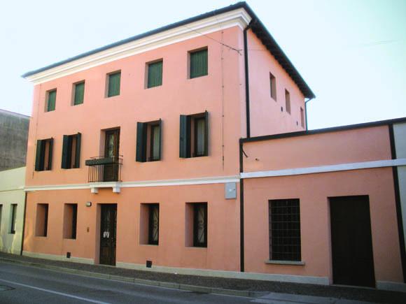 Casarsa della Delizia: Casa Colussi, storica dimora della madre e dei nonni materni di Pasolini, è oggi sede del Centro Studi dedicato al grande intellettuale friulano