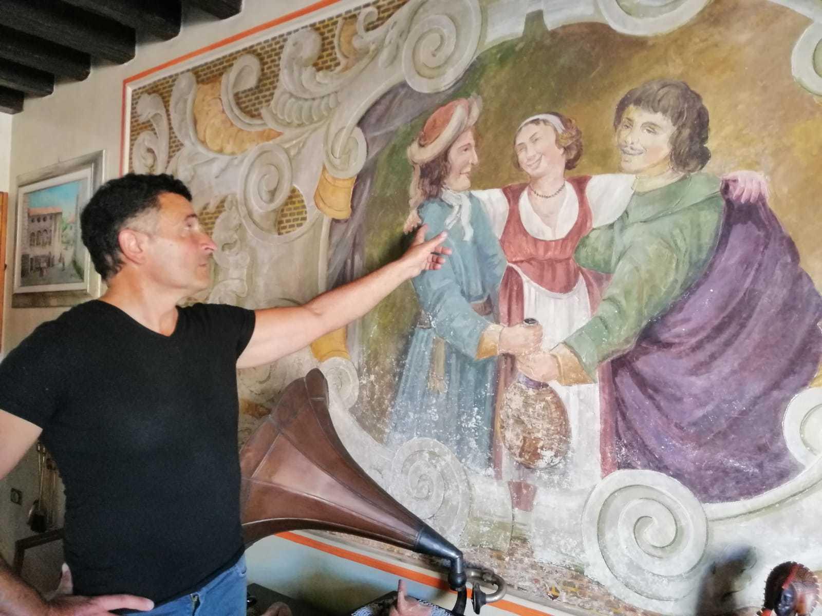 Gli affreschi dell'antica locanda