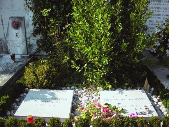 Casarsa - La tomba di Pasolini e della madre, Susanna Colussi