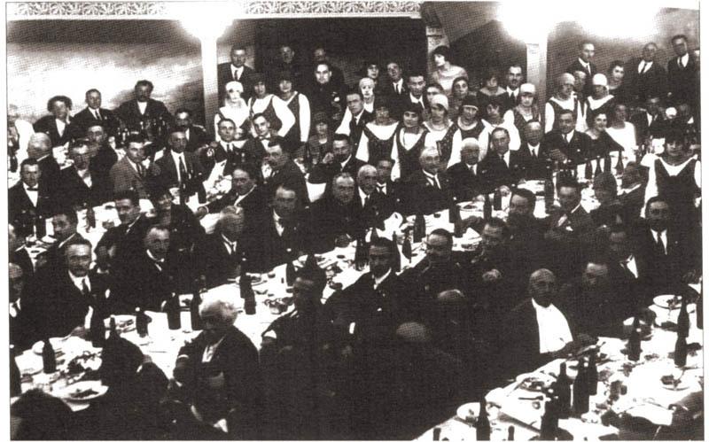 Teatro Maran, il pranzo della Filologica nel 1925