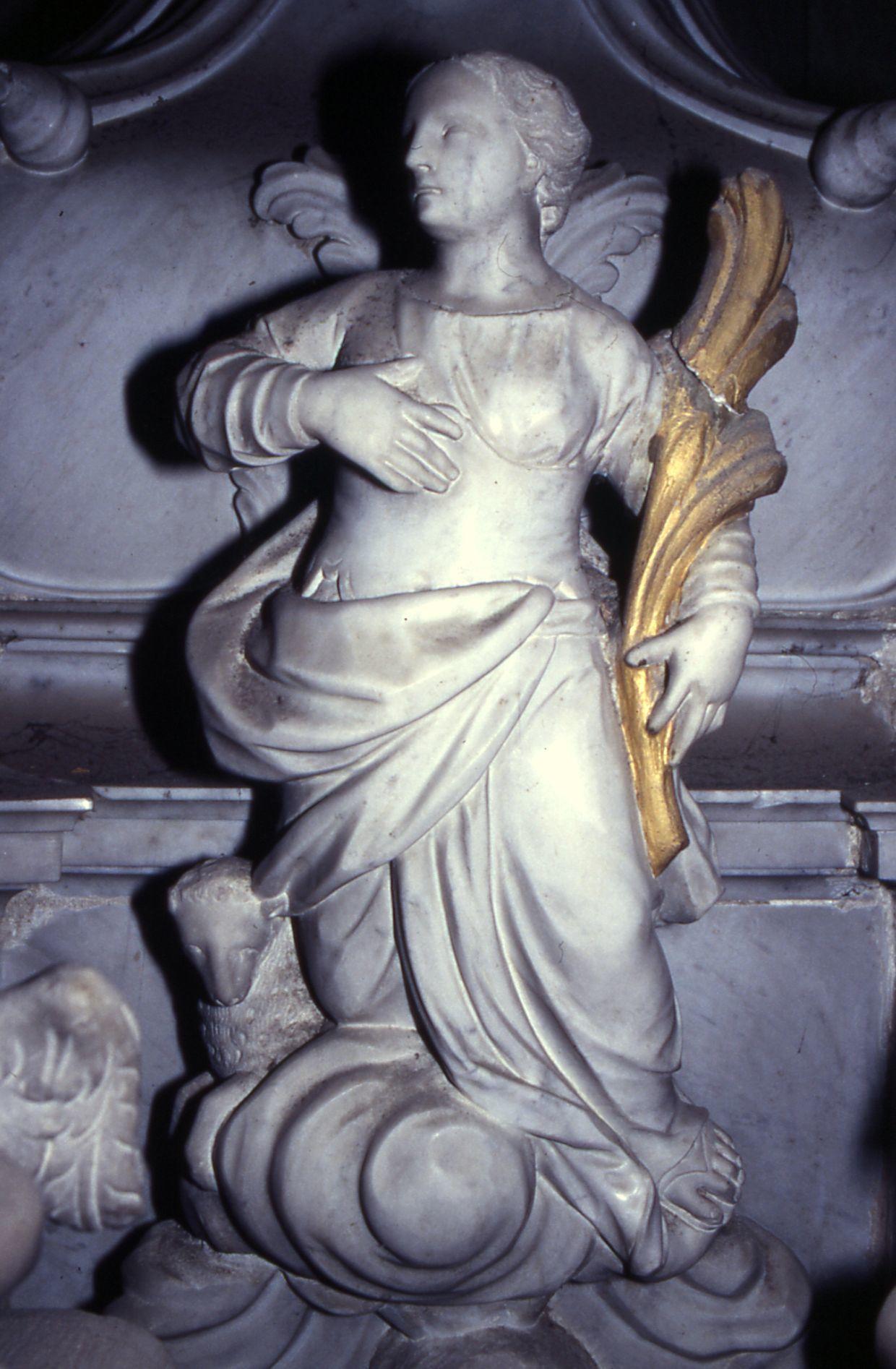 Santa Agnese, scultura sull'altar maggiore nella parrocchiale di Joannis