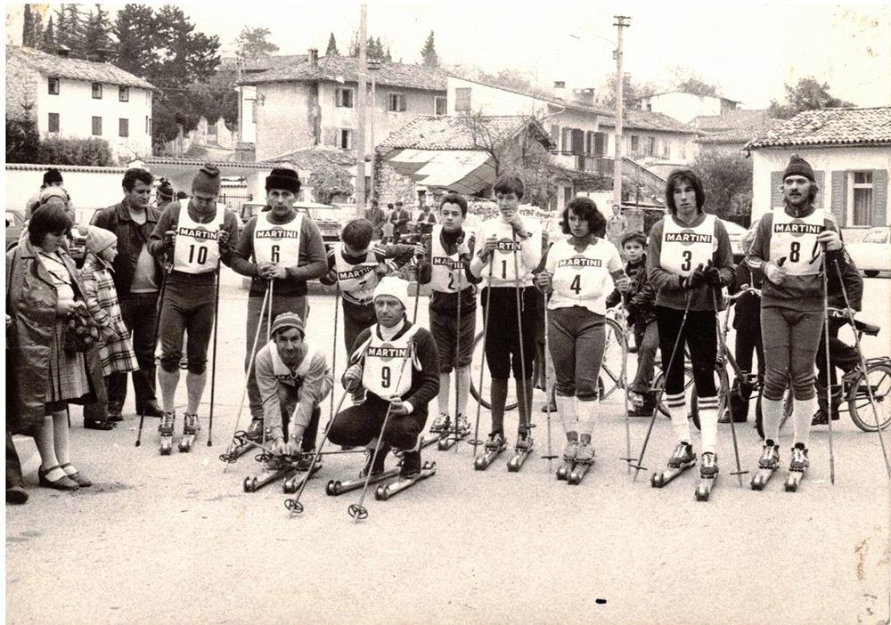Nel 1975 gara di ski roll per le vie di Vermegliano