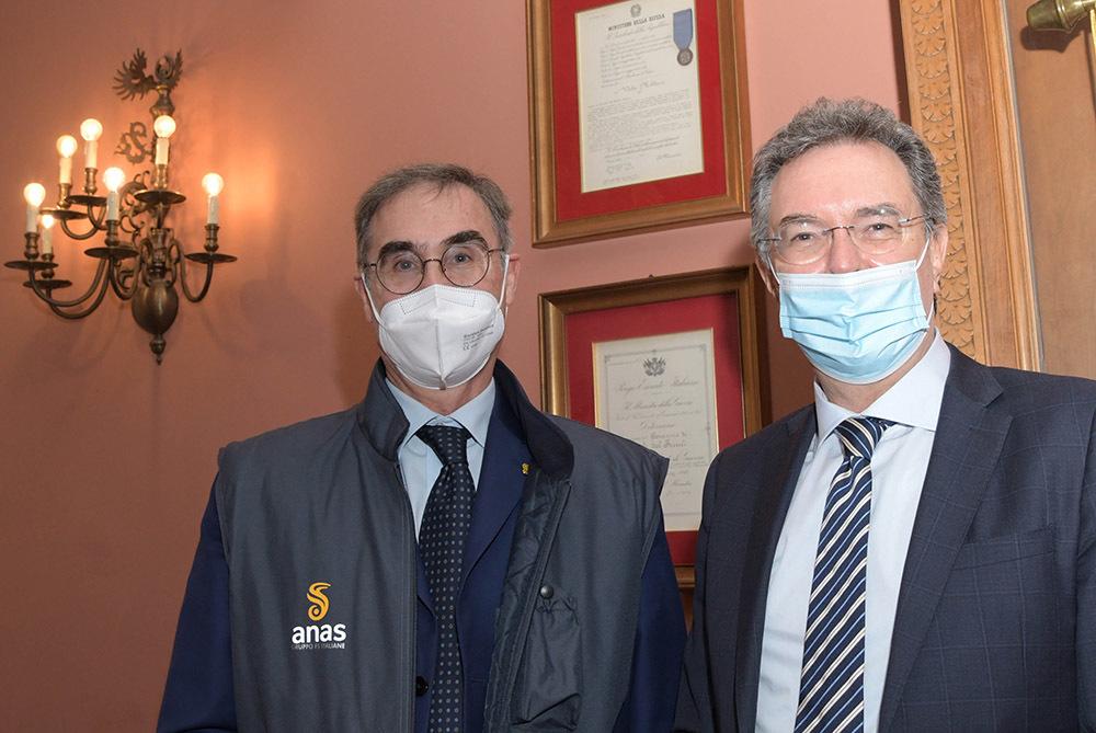 Da destra l'assessore Pizzimenti con l'ad di Anas Simonini (ph. ARC - Regione FVG)
