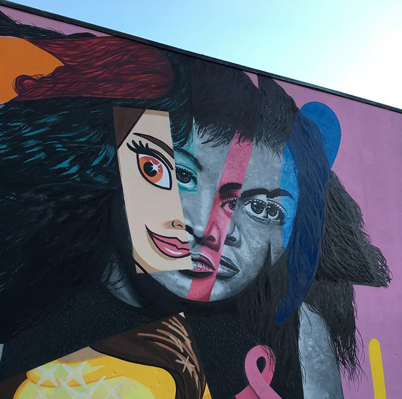 "L'opera ""Empowering Girl"" dell'artista olandese IvesOne"