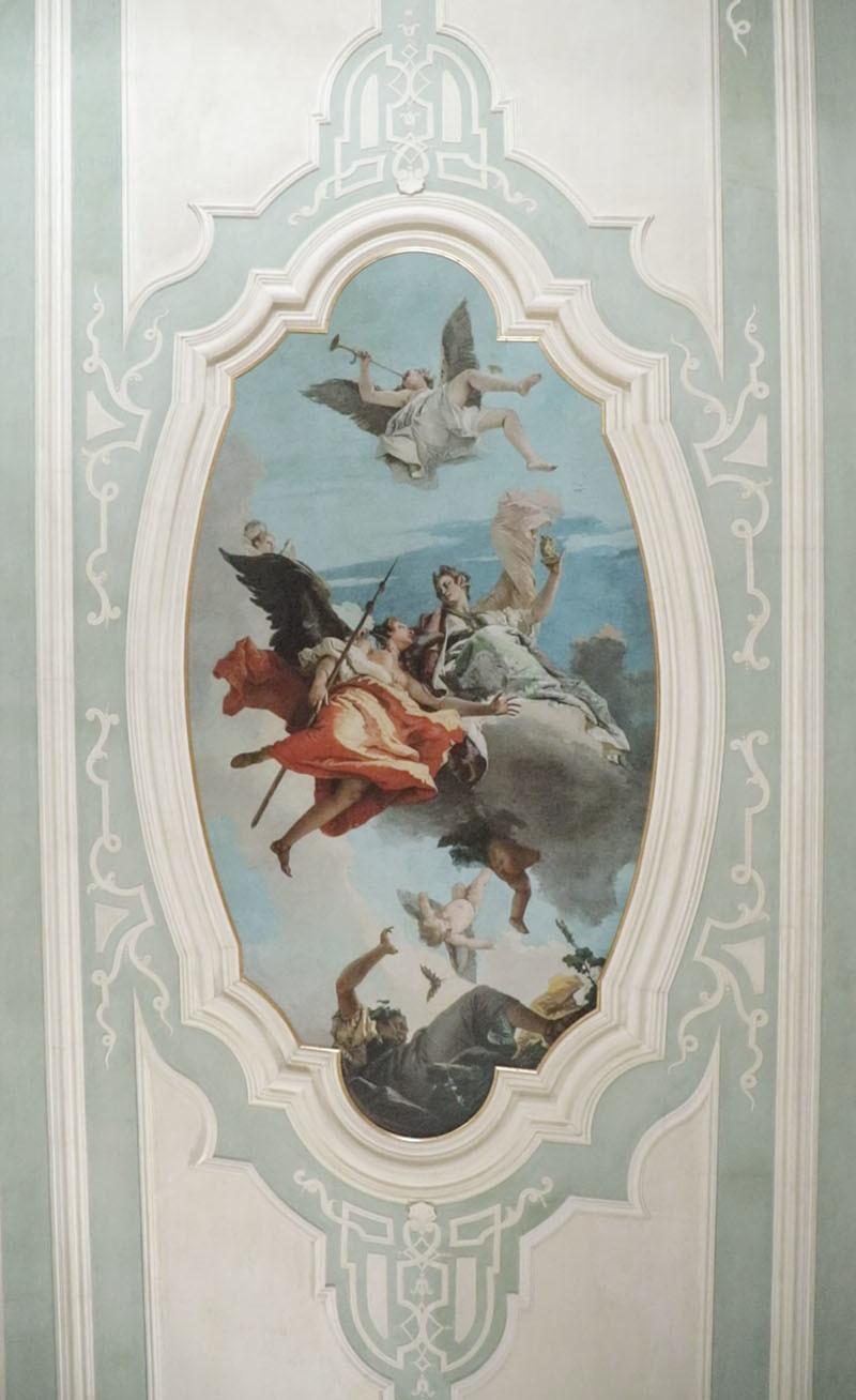 La Virtù e la Nobiltà che scacciano l'Ignoranza del Tiepolo - La riproduzione digitale a Palazzo Caiselli