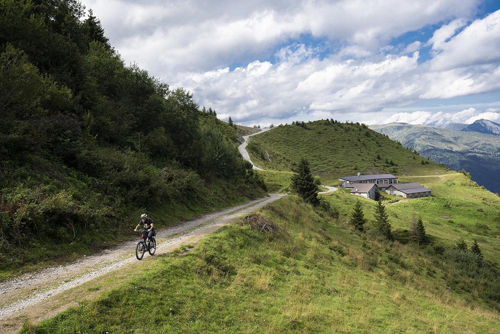 In bici sullo Zoncolan (© Fabrice Gallina)