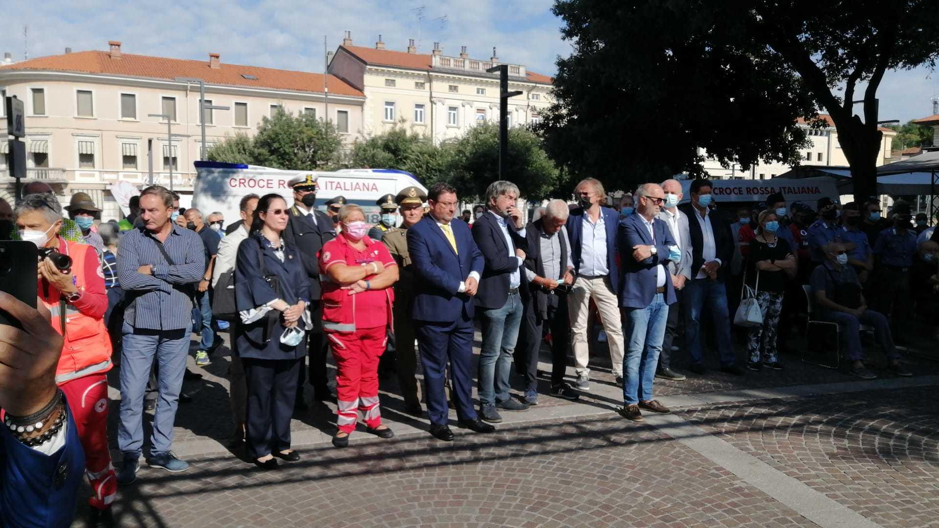 Le autorità intervenute alla cerimonia (ph. L. Nonis)