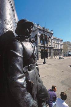 Trieste, piazza Unità d'Italia (ph. Turismo FVG)