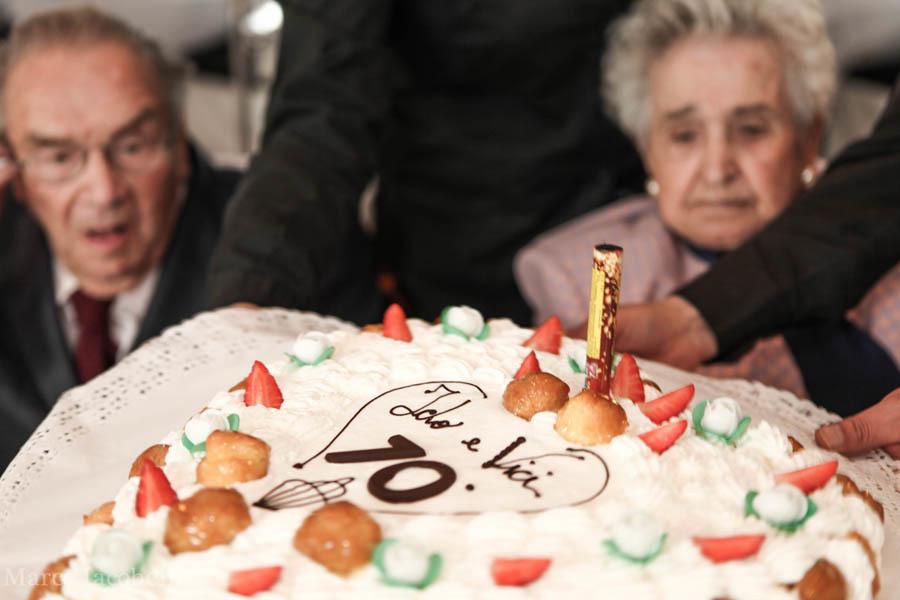 La torta per festeggiare i 70 anni di nozze (ph. M. Iacobelli)
